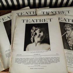 """En kæmpe samling antikke  """"Teatret"""" magasiner fra 1920´erne."""