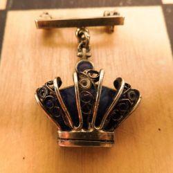 Fineste Volmer Bahner vintage broche i form af emaljeret kongekrone