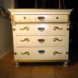 Vintage karlekammer kommode - guld & hvidmalet