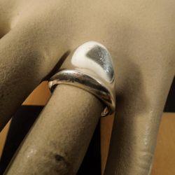 Meget smuk vintage sølv-klemme-ring fra Bent Knudsen.