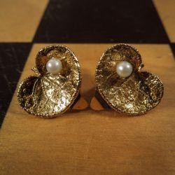 Smukkeste forgyldte, vintage sølv øreclips med ægte perler fra Flora Danica.