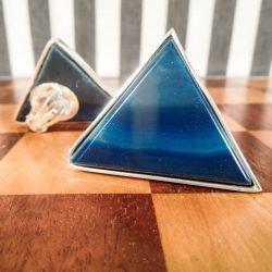 Vintage kæmpe trekantede øreclips i sølv med blå sten.