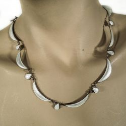 Vintage Volmer Bahner skønhed - halskæde i hvid emalje & sterling sølv.