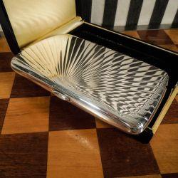 Absolut smukkeste Art Deco stort cigaret-etui eller lille clutch i massivt sølv