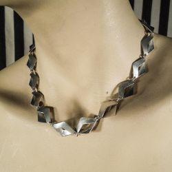 Særdeles lækker glat vintage halskæde i det pureste sterling sølv.