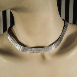 Meget smuk halskæde af sølv tråd, med den fineste lås