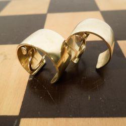 Smukke Bernhard Hertz vintage øreclips i guld-double.
