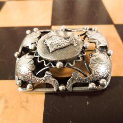 Vintage sølv broche med fiskemotiv fra Erikson & Kromann.