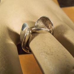 Moderne sølv dame-ring!! Dansk design!