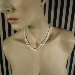 Vintage halskæde med tre rækker kulturperler samt sølvlås