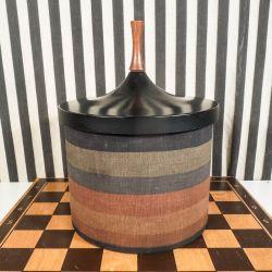 Super cool vintage is-spand fra Laurids Lønborg designet af Conny Brozec.