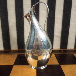 Antik vase med hank af tretårnet sølv vase fra Hugo Grün