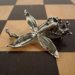 Vintage lilje broche i sterling sølv fra Leo Askhim
