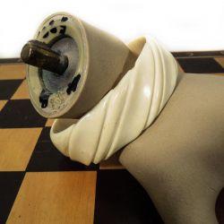 Vintage armbånd i hånd-udskåret elfenben
