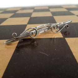 Antik skønvirke slipseklemme i sølv