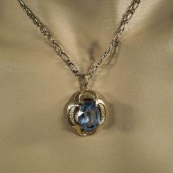 Vintage halskæde med kæmpestor lyseblå sten fra Hugo Grün.