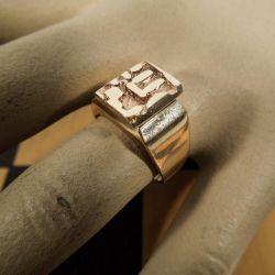 Vintage design-dame-ring i 14 karat guld fra Flemming Kjerulff