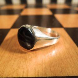 Super lækker herre vintage ring fra Willy Kromar i sølv med sort onyx