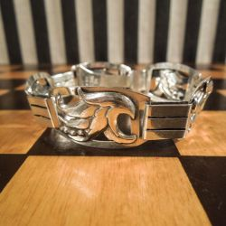 Smukt sølvarmbånd fra Christian Veilskov.