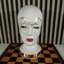 Vintage hattehoved fra West Germany med maske!