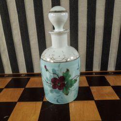 Vintage parfumeflakon i håndbemalet porcelæn!!