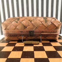 Utrolig fin & meget dekorativ flettet antik håndtaske/kurv.