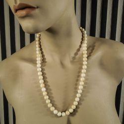 Vintage halskæde af store polerede perler af elfenben!