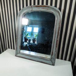 Smuk antik spejl i bemalet træramme!