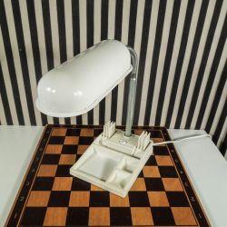 Funky vintage bordlampe fra 1980´erne med bakke og blyantsholder!