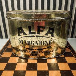 Smukkeste ovale margarine vintage dåse fra Alfa med patineret guld-bemaling