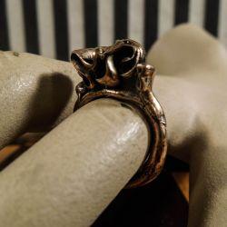 Finsk vintage designer ring i bronze. Ringstr. 52