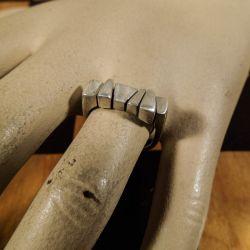Super lækker vintage, designer finger-ring i sterling sølv.