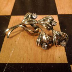 Smuk vintage, blomster-broche fra Herman Siersbøl i otte karat guld!