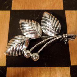 Smuk vintage blad-broche fra N.E. From i sterling sølv!