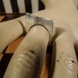 Lækker designer ring i sterling sølv!