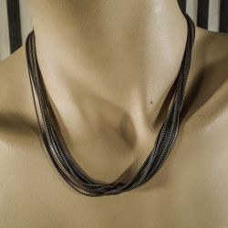 Super lækker ni-radet halskæde i sterling sølv med lås af guld!