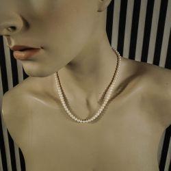 Vintage halskæde med smukke let ovale kultur-perler!