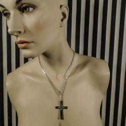 Antik sølv kors i kraftig halskæde fra William Fuglede.