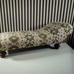 Fineste lille vintage mini-chaiselong! Til dukke eller et lille husdyr!