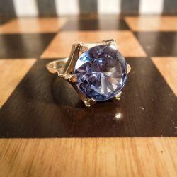 Vintage cocktai-ring i guld med en eventyrlig, kæmpe stor, ægte blå topas!