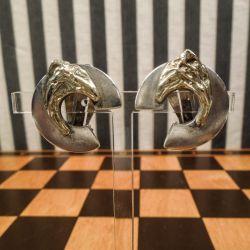 Store kraftige øreclips i sterling sølv med detalje af guld!