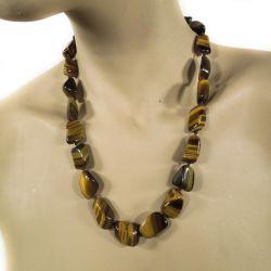 Vidunderlig vintage halskæde med store, slebne tigerøjne-sten.