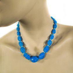 Fantastisk vintage halskæde i det smukkeste mundblæste blå opal glas.