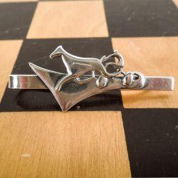 Slipsenål i sterling sølv, håndlavet design fra Gerda Lynggaard