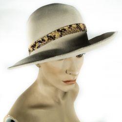 Vintage hat fra Fonnesbech i KBH. i børstet filt & slangeskind