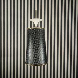 Super lækker vintage loftslampe udført i sort metal-gitter og messing.