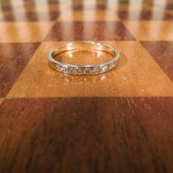 Vintage alliance ring i hvidguld fyldt med brillanter