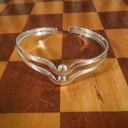 Vintage klemme-armring udført i sølv!