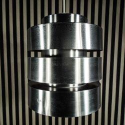 Vintage designer lampe fra Carl Thore i aluminium.