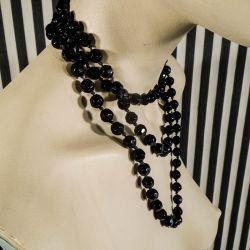 Smukkeste Charleston halskæde af gamle sorte kul-perler af glas